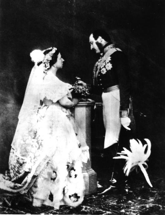 Queen_Victoria_Albert