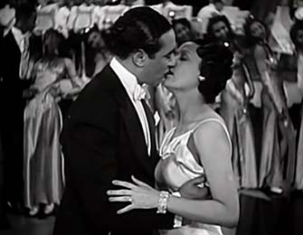 ralph-cooper-and-lena-horne-kiss