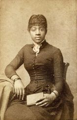beautiful-black-ladies-in-victorian-era-2