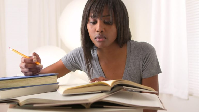 black-woman-studying-e1470573141590