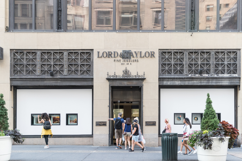 lord-taylor-new-york-store-closing